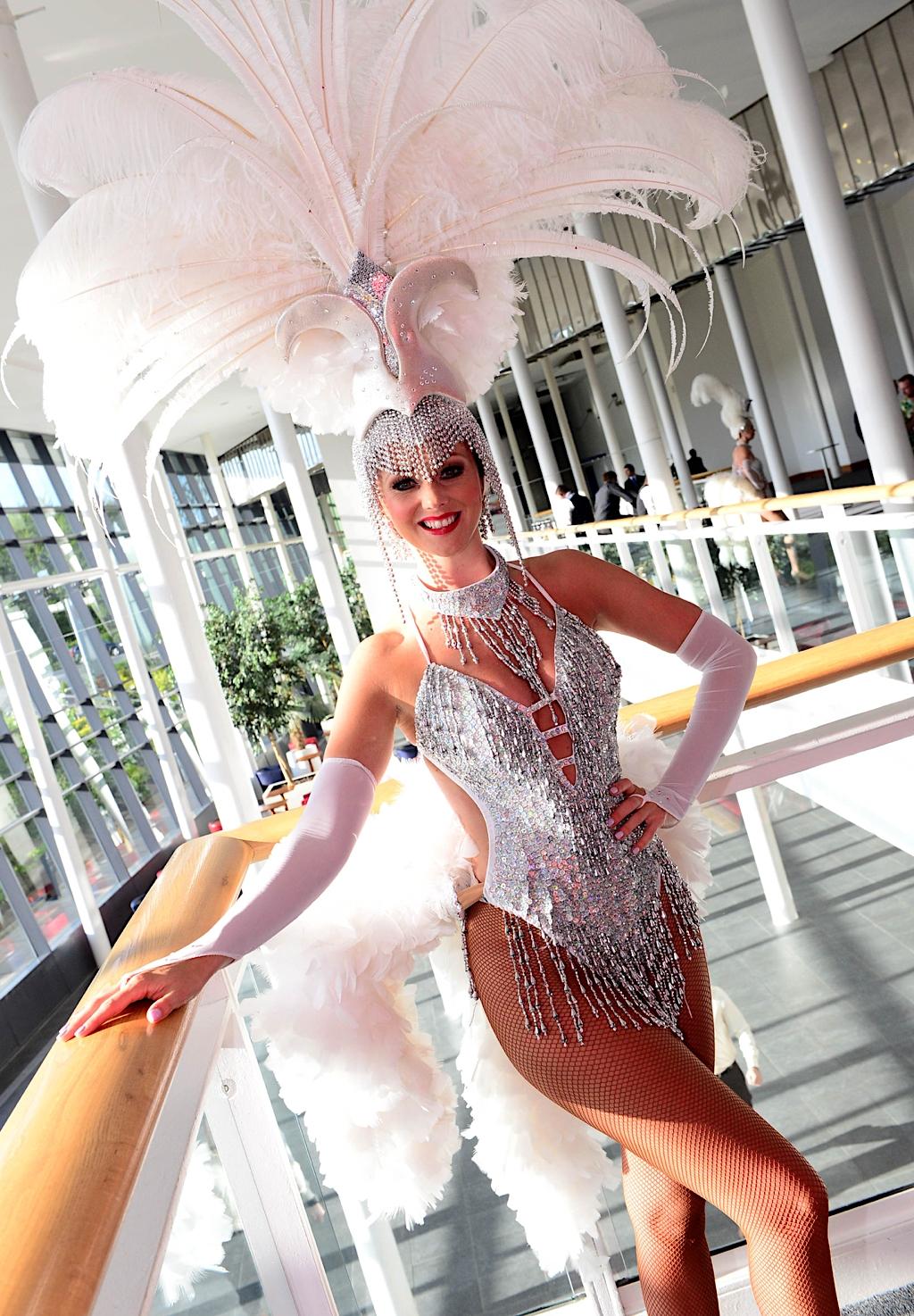 Showgirls Stream
